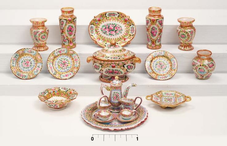 Beautiful hand-painted dollhouse miniature Rose Medallion china table setting pieces by miniaturist Amanda E Skinner.