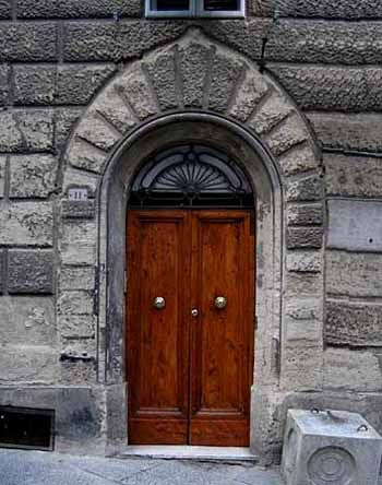 Italy Part I The Florentine Arch Emphasized Keystone And Added Moldings Around Renaissance