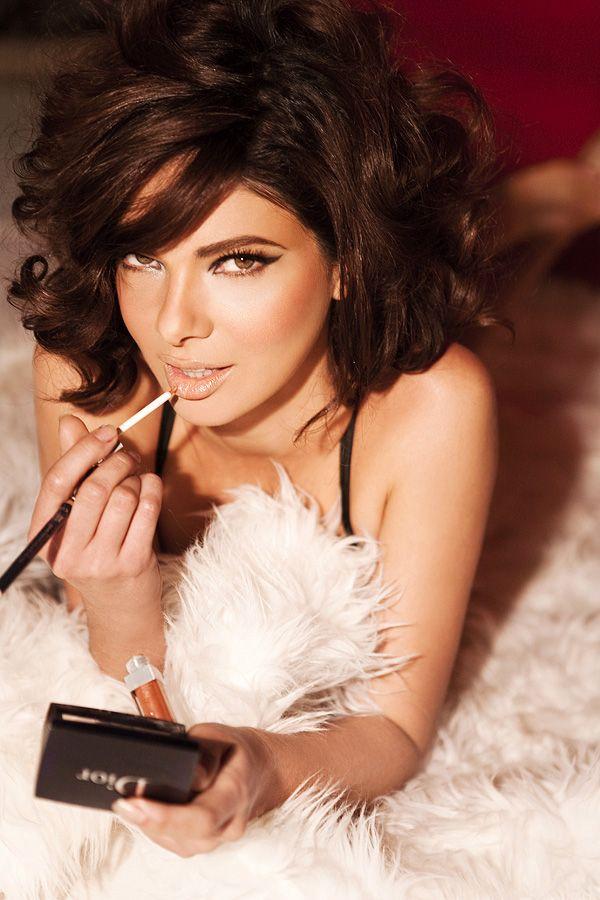 Sofia Loren hair + perfect cat eye