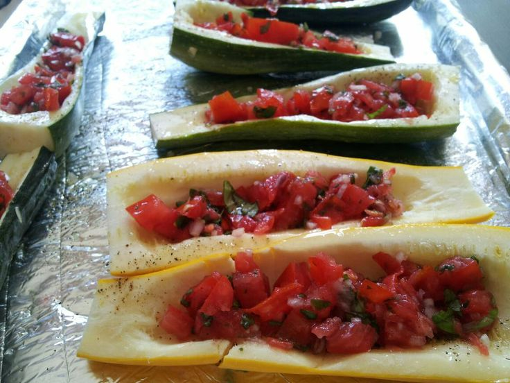 Meatless Monday - Stuffed Zucchini: Recipes Meatless, Meatless Mondays, Zucchini, Meatless Dishes, Healthy Eating, Food Yum, Foods Clean Eating, Vegetarian, Food The Sides