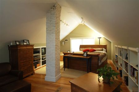 Best 25 Attic Master Bedroom Ideas On Pinterest Attic Bedrooms Attic Rooms And Finished Attic