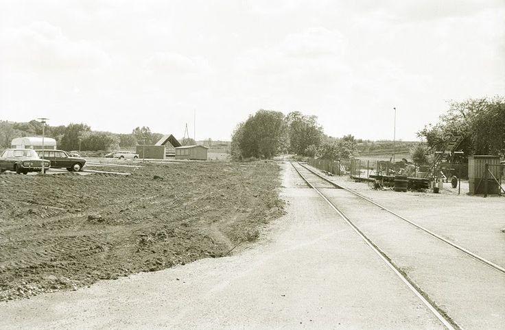 Hobro havnebane set fra Korsgade mod sydvest. Sommeren 1975