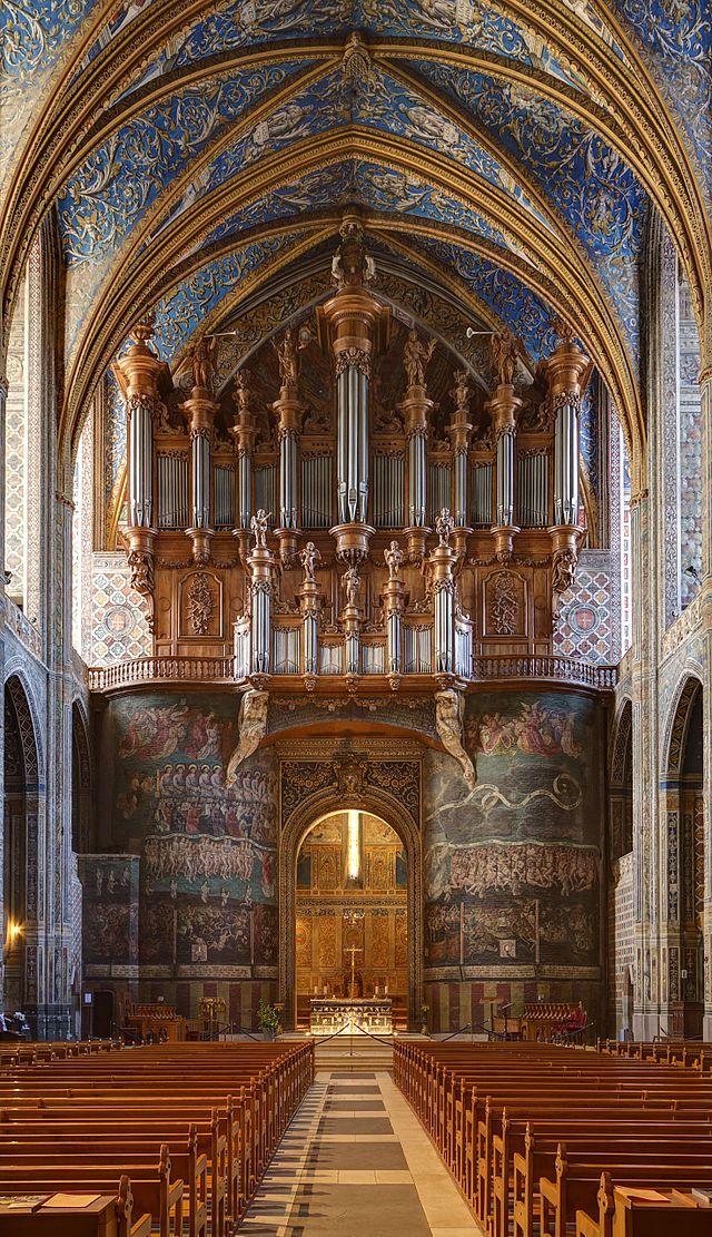 This is the inside of the Cathedral Sainte Cécile in Albi, France. Albi is a UNESCO World Heritage Site but is still off the beaten track because it's a little bit out of the way. Do we think it's worth a visit? Absolutely! To see more pictures go to joinusinfrance.com/20