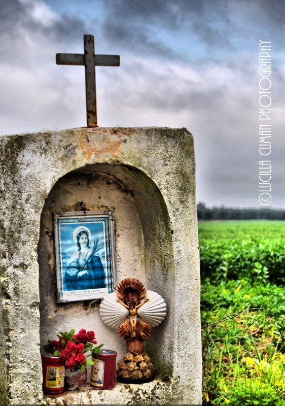 Signs of devotion....Torchiarolo countryside. Puglia