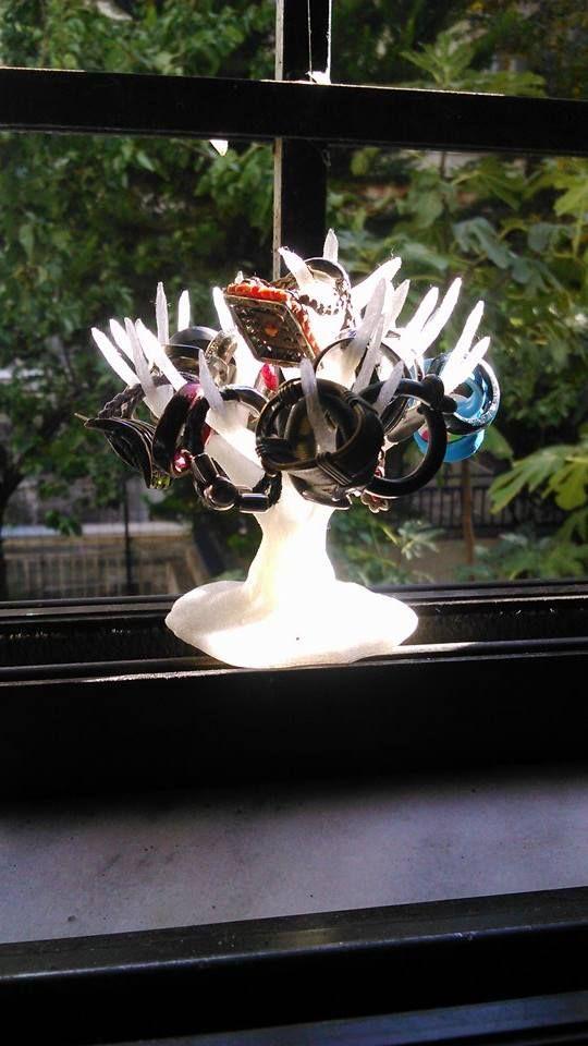 3d printed customized jewellery tree, justmakeit thessaloniki / Αφαιρετικόδέντρο για κρέμασμα μικρών κοσμημάτων (δαχτυλίδια, σκουλαρίκια, βραχιόλια). Εξατομικεύσιμο προϊόν με δυνατότητα προσθήκης κειμένου στη βάση του.