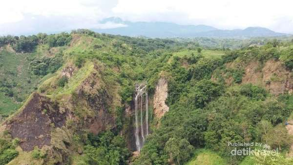 Tama'Lulua, Air Terjun Istimewa Di Sulawesi Selatan - http://darwinchai.com/traveling/tamalulua-air-terjun-istimewa-di-sulawesi-selatan/