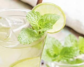 Thé vert glacé menthe-citron spécial détox