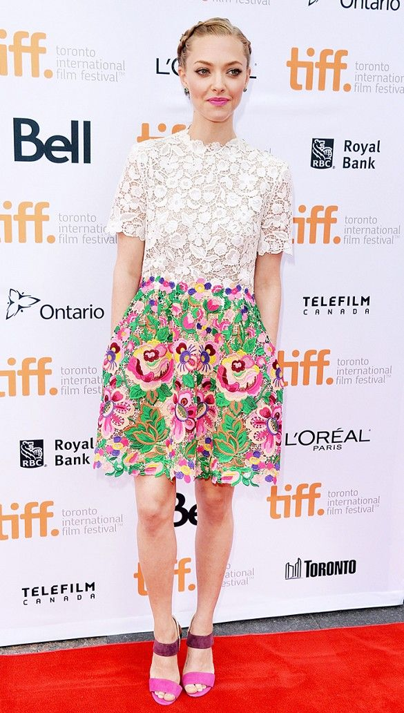 Amanda Seyfried in floral attire // #Celebrity #RedCarpet