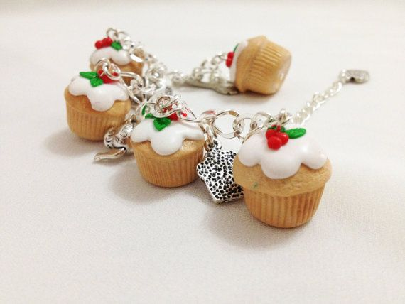 Bracciale cupcakes bracciale in pasta di MFcreationshandmade #necklaces #polymerclay #clay #polymerclayjewerly #tutorial #bracelet #pastapolimerica #fimo #earrings #gioiellipastapolimerica #M&Fcreations
