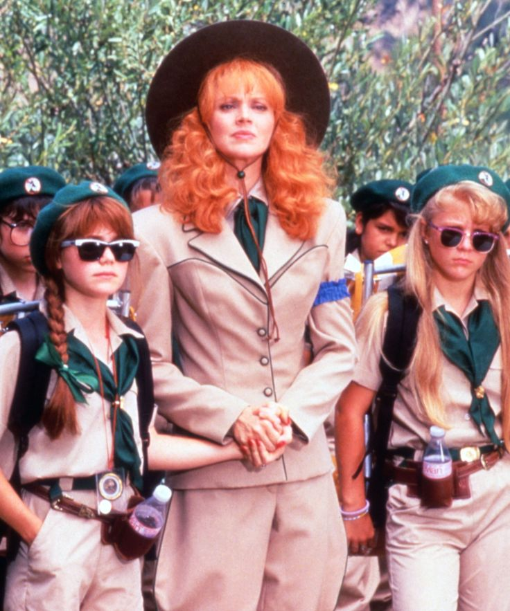 "80s Movie Halloween Costumes Pop-Culture, Film | Go retro with a nod to ""Labyrinth"" or ""Troop Beverly Hills"" this Halloween. #refinery29 http://www.refinery29.com/2016/09/122853/80s-movie-costumes-for-halloween"