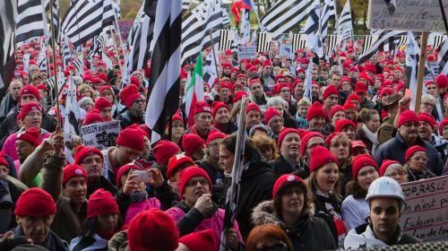 Le mouvement des Bonnets rouges s'exporte au Vietnam