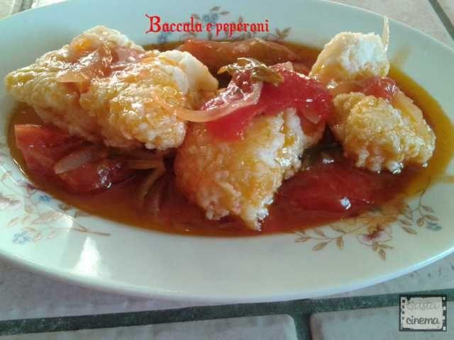 Il baccalà con peperoni è un secondo piatto di pesce gustoso e facile da preparare.