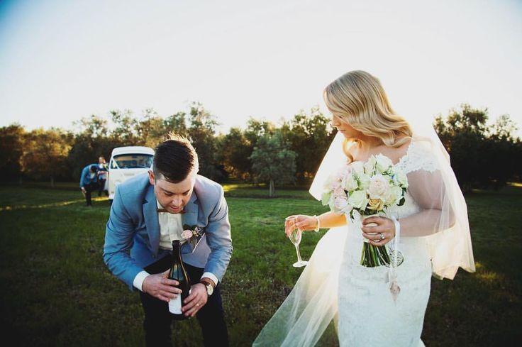 """Samantha Moody Photography 📷 on Instagram: """"The gentleman provides the wine! #samanthamoodyphotography #mountduneed #mountduneedestate #wedding #love #wine @mtduneedestate"""""""