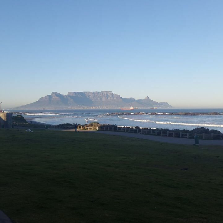 Just another beautiful day in Cape Town! Stunning morning view from Big Bay, Blouberg... #capetownvolunteer