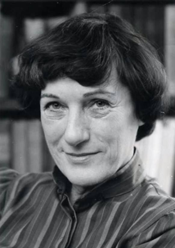 Janikovszky Éva író, költő és szerkesztő 1926. április 23. — 2003. július 14. author: Aquarius kincsei
