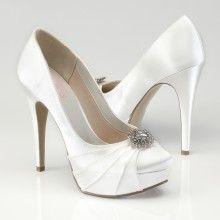 Wauw, prachtige schoen van Pink. Hakhoogte 11 cm. Verkrijgbaar bij Hip! Weddingdesign