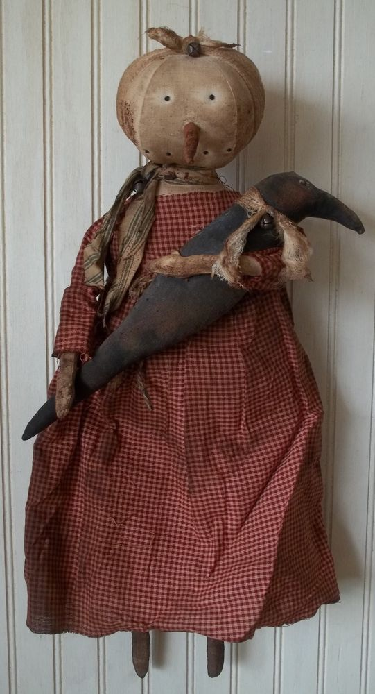 Primitive Grungy Lady Snowman Christmas Doll & Her Crow #NaivePrimitive