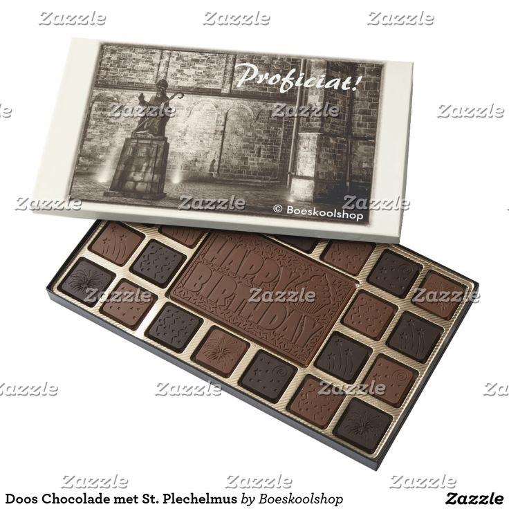Doos Chocolade met standbeeld St. Plechelmus. Met de mogelijkheid om tekst aan te passen (inhoud, lettertype, kleur, grootte, locatie) naar eigen voorkeur. Klik op de knop 'Customize' of  'Personaliseer' voor eventuele aanpassingen!