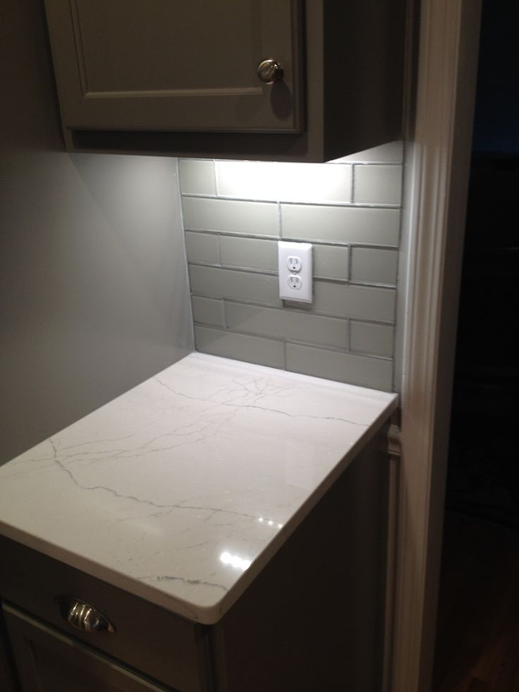 Cambria Ella Quartz With Bliss Elements Subway Backsplash