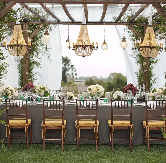 Outdoor Reception // Aaron Delesie Photographer // San Ysidro Ranch // Planning: Lisa Vorce at Oh, How Charming!