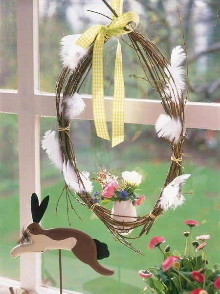 Fensterdeko-Ostern-selber-machen-04-Kranz