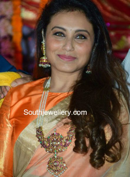 Rani Mukerji in a Pearls Mala photo