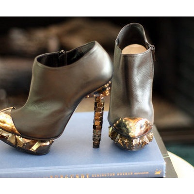 Glamazon Heels: To, Badass Style, Hardware, Shoes Collection, Gold Accent, Isabel Marant, Nicholas Kirkwood, Heels, Boots