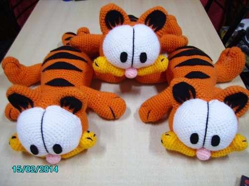Amigurumi Free Patterns Garfield : 146 best images about Knuffels haken on Pinterest Free ...
