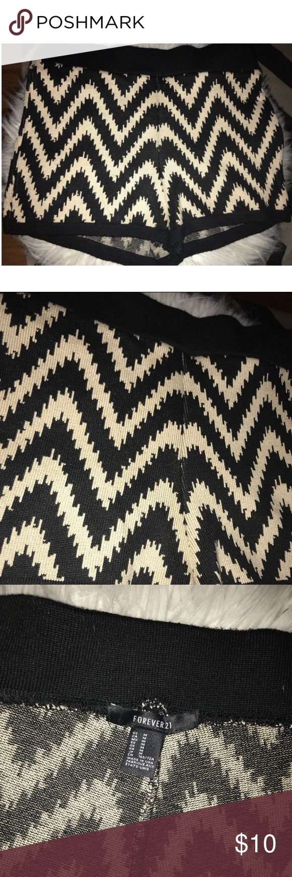 FOREVER 21 Knit Sweater Chevron Black Cream Shorts FOREVER 21 Knit Sweater Chevron Black Cream Shorts. Only worn once. Like new without tags. GREAT condition. Forever 21 Shorts