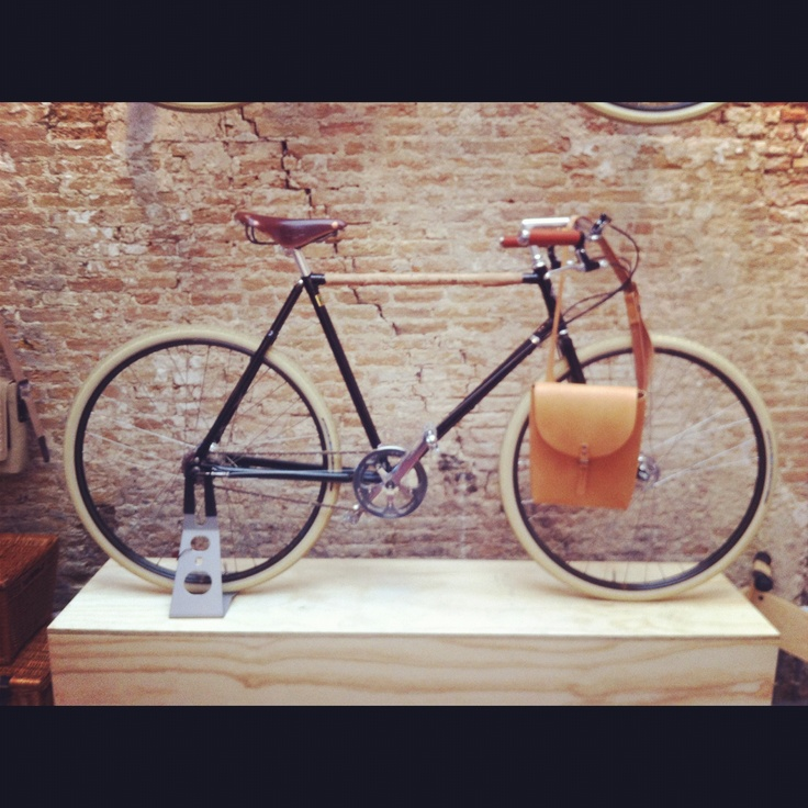 Lola bikes and Coffee. http://www.facebook.com/LolaBikesandCoffee