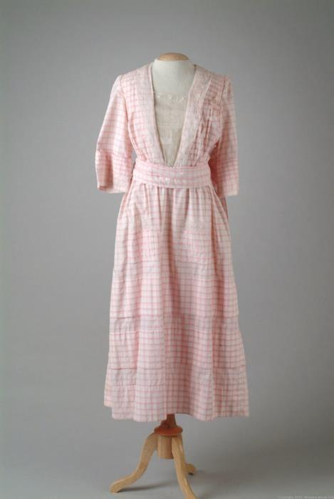 1914-16 extant dress
