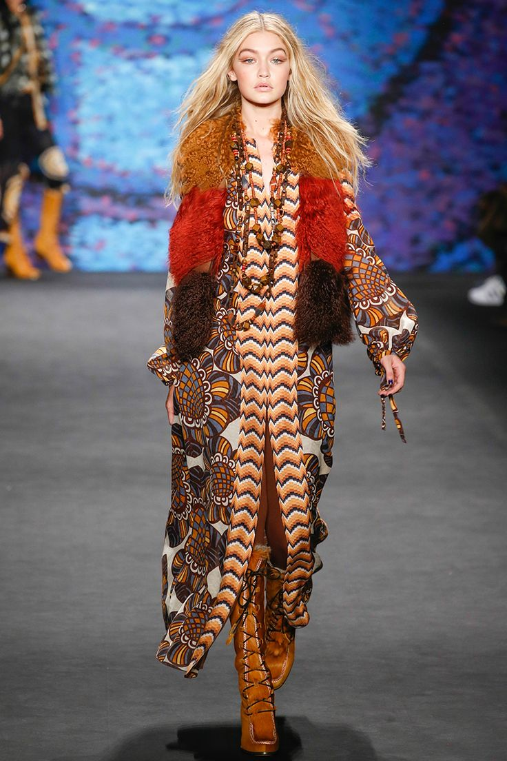 Gigi Hadid looking amazing opening Anna Sui's show // Fall 2015 RTW – Vogue