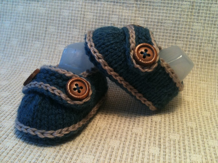 Knitted Baby Loafer Shoes.  Size newborn/baby 0-3mths.  Colour Denim/Camel Trim.