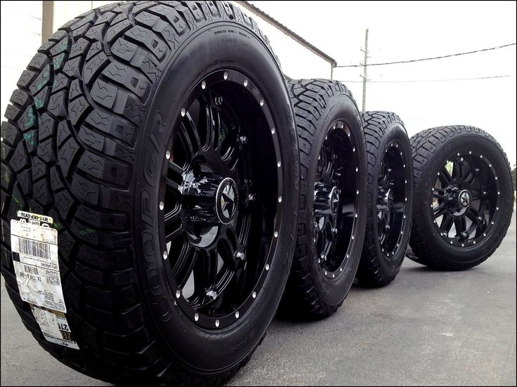 Lifted Truck Wheel and Tire Packages