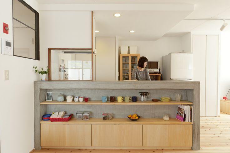 モルタルキッチン(やわらかめ) | 施工事例 | SIMPLE HOUSE (シンプルハウス)