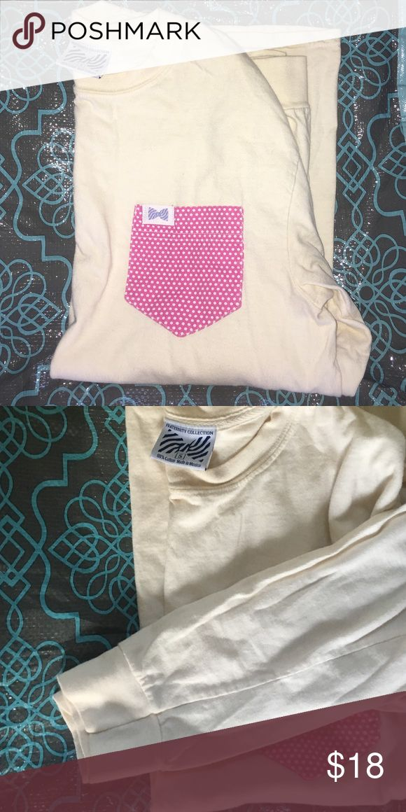 Lovely fraternity collection pocket tee! Love this long sleeve pocket tee! Would be so cute with a monogram! Vineyard Vines Tops