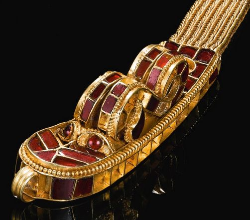 Eastern Hunnic Royal Dragon Collar and Beads, 5th Century WONDERFULL