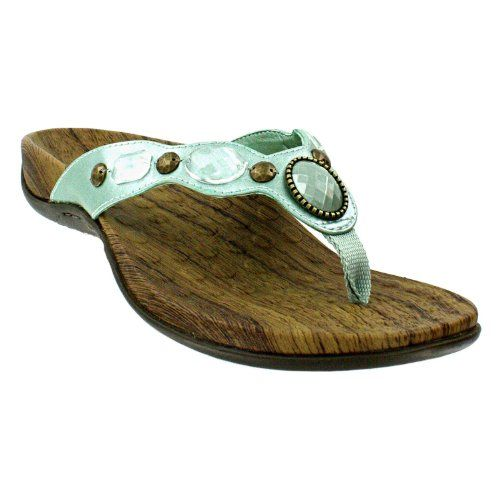 Orthopedic Flip Flops and Sandals for Women Yes, there is such a thing as healthy and comfortable flip flops and summer sandals for people who have aching and sore feet. If you have plantar fasciitis, bunions, flat feet, or other foot issues then check out these shoe companies who have designed sum