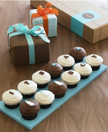 Sprinkles Cupcakes idea for baby shower IT'S A BOY giftbox with blue tray