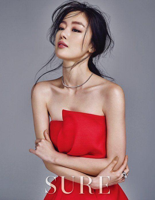 SECRET Member Han Sunhwa Poses for SURE Magazine | Koogle TV