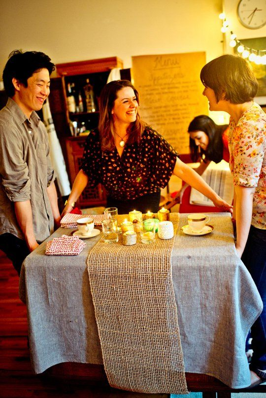 5 Tips For Throwing A Dinner Party In Small Apartment Decorating Apartments Condos Houses Pinterest Hosting Thanksgiving And