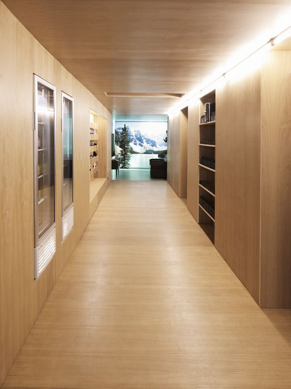 Helicosm shop, Paris by FREAKS freearchitects. Completed 2011. Via archdaily, June 11, 12 http://www.archdaily.com/242130/helicosm-freaks-freearchitects/ http://www.freaksfreearchitects.com/