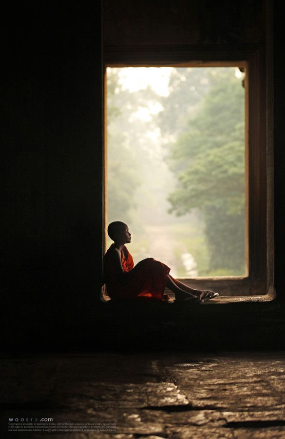 """""""Loneliness is the dawn of wisdom."""" —Dilgo Khyentse Rinpoche (Photo: A young monk by Woosra Kim) ..*"""