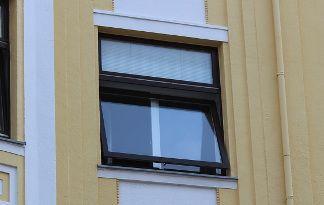 Schwingfenster gibt es in verschiedenen Varianten
