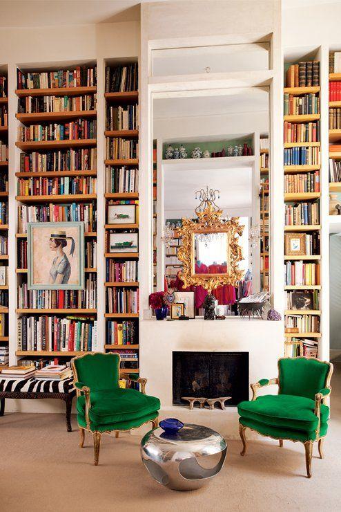 best living rooms in vogue photos wohnen mit b chern book storage ideas pinterest. Black Bedroom Furniture Sets. Home Design Ideas