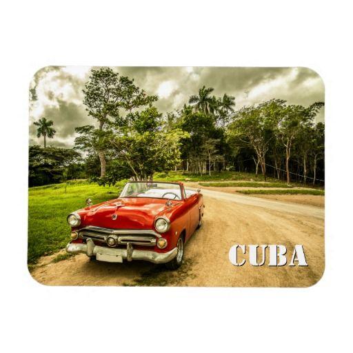 Foto roja del coche de Cuba