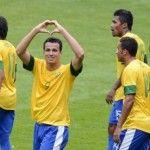 Brasil se impõe, vence Nova Zelândia e assegura liderança no futebol masculino