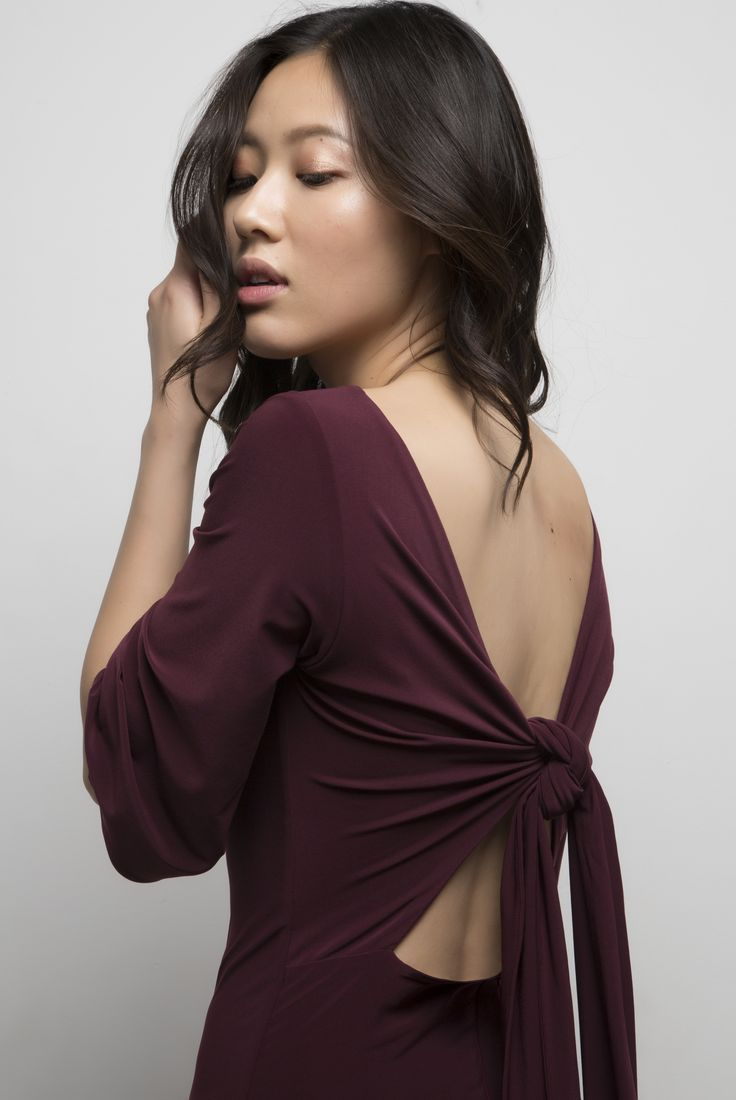Vera Dress. Available in black and burgundy.