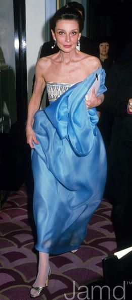 Audrey Hepburn photographed by Tom Wargacki during her arrival at 54th Annual Academy Awards,held at the Dorothy Chandler Pavilion in Los Angeles, California (USA), on March 29, 1982.
