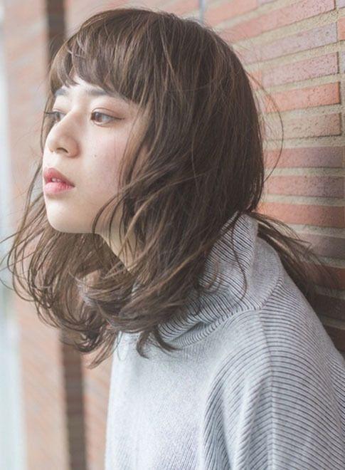 短め前髪で目力アップミディアムスタイル【CLAUDE monet H2O・AVEDA東京ビルTOKIA店】 <http://www.beauty-navi.com/style/detail/60862?pint> ≪#permanent #permanentwave #curl #hairstyle #ヘアスタイル #パーマ #ゆるふわ #カール #毛先ワンカール #巻き髪 #髪形 #髪型 ≫